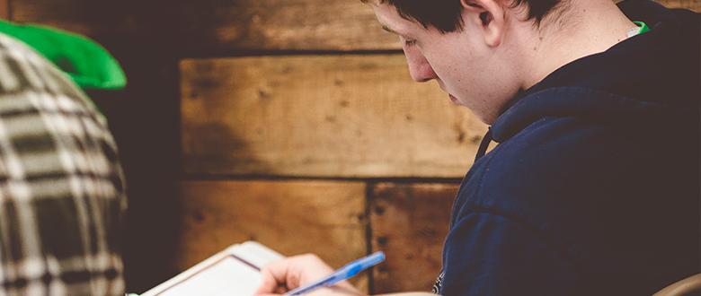 3 características comunes de los jóvenes que no dejan la iglesia