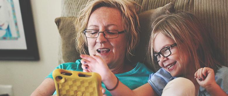 Abuelitas consentidoras: ¿bendición o estorbo?